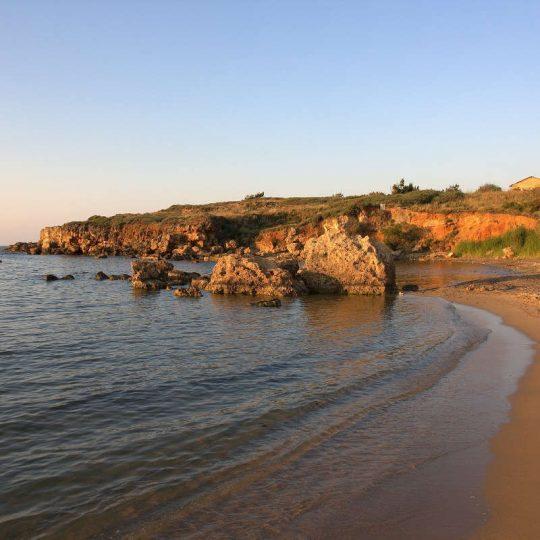 http://louladakis-apts.gr/wp-content/uploads/2016/03/louladakis_agioi_apostoloi_5-540x540.jpg
