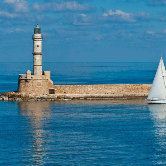 https://louladakis-apts.gr/wp-content/uploads/2016/03/louladakis_venetian_harbor_4-540x540.jpg
