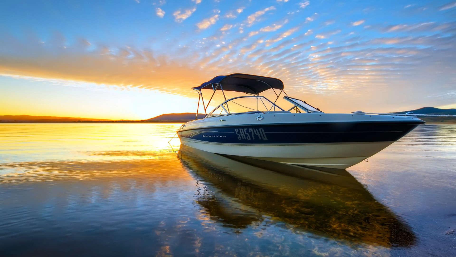 http://louladakis-apts.gr/wp-content/uploads/2016/05/louladakis_activities_boat_trip.jpg