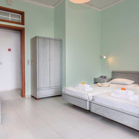 http://louladakis-apts.gr/wp-content/uploads/2017/04/louladakis_apartments_chania-540x540.jpg