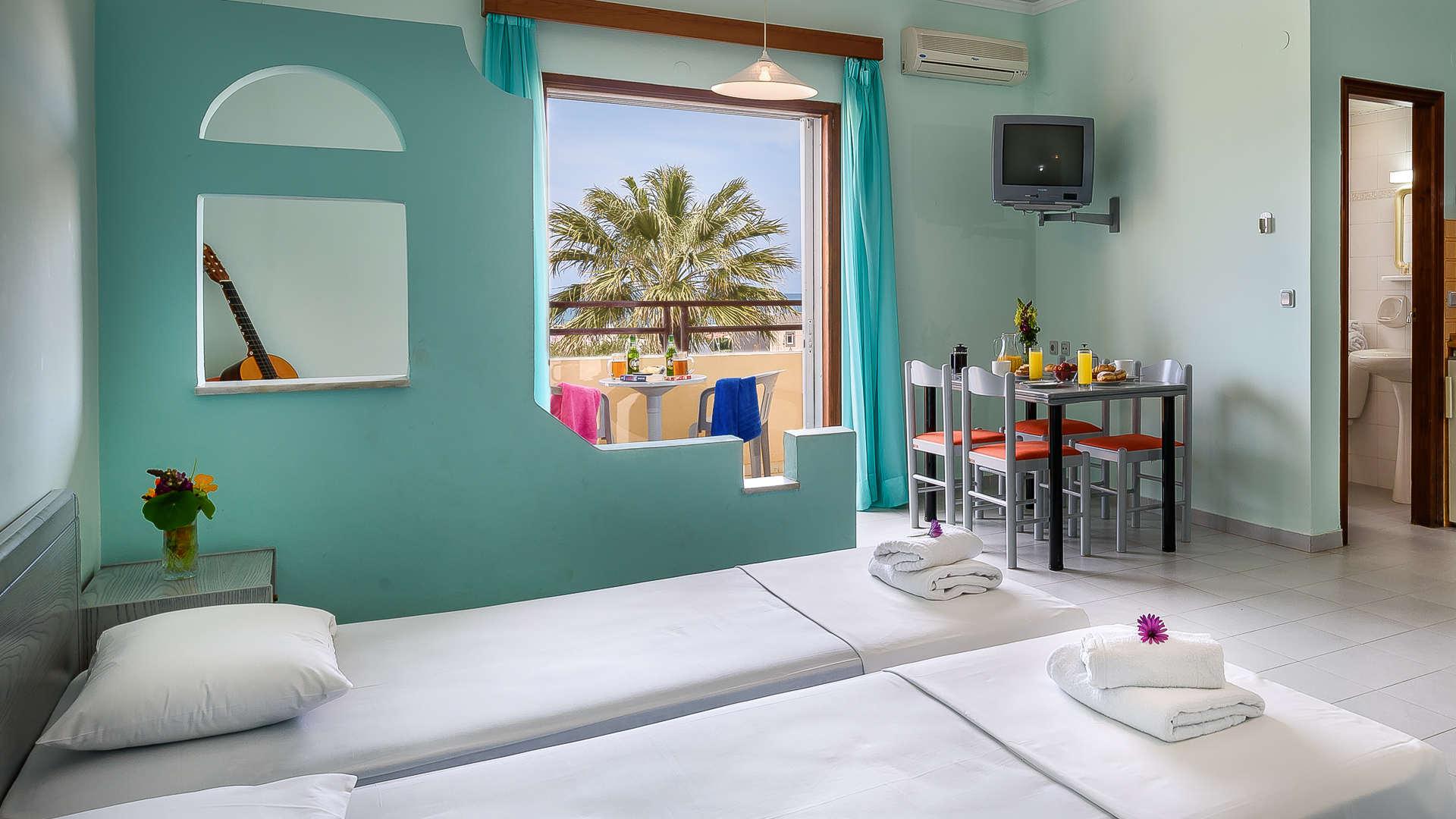http://louladakis-apts.gr/wp-content/uploads/2017/04/louladakis_apts_large_apartment2.jpg