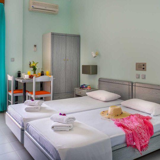 http://louladakis-apts.gr/wp-content/uploads/2017/04/louladakis_apts_vacations_chania-540x540.jpg